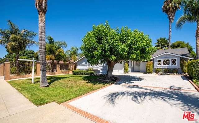 8540 Shirley Avenue, Northridge, CA 91324 (#19501910) :: The Brad Korb Real Estate Group