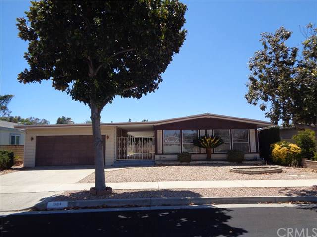 1384 Jasmine Way, Hemet, CA 92545 (#SW19199409) :: Allison James Estates and Homes