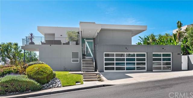 2851 Ridge Drive, Laguna Beach, CA 92651 (#LG19189951) :: The Danae Aballi Team