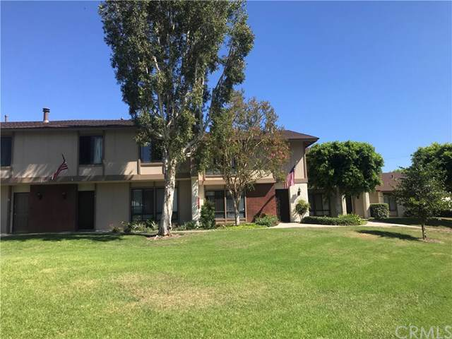 2855 N Cottonwood Street #10, Orange, CA 92865 (#PW19199752) :: Cal American Realty