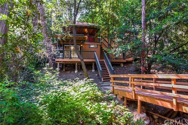 23649 Rocky Dell Road, Crestline, CA 92325 (#IV19199808) :: Allison James Estates and Homes