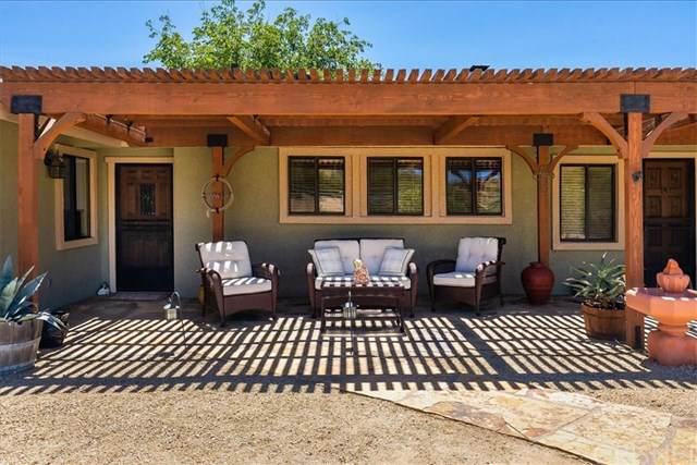 33057 Deerglen Lane, Agua Dulce, CA 91390 (#SR19199950) :: Provident Real Estate