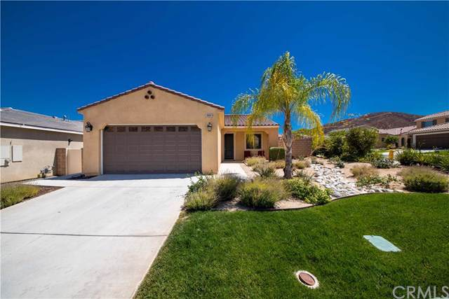 36501 Agave Road, Lake Elsinore, CA 92532 (#CV19199876) :: Fred Sed Group