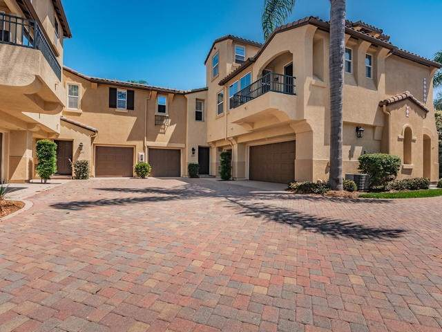 3695 Jetty St, Carlsbad, CA 92010 (#190046329) :: The Laffins Real Estate Team