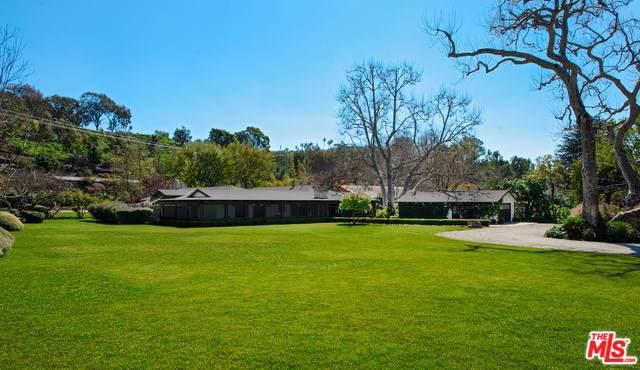 6172 Bonsall Drive, Malibu, CA 90265 (#19501728) :: Millman Team