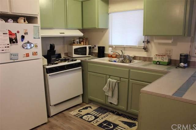 80 Huntington Street #205, Huntington Beach, CA 92648 (#OC19200558) :: California Realty Experts