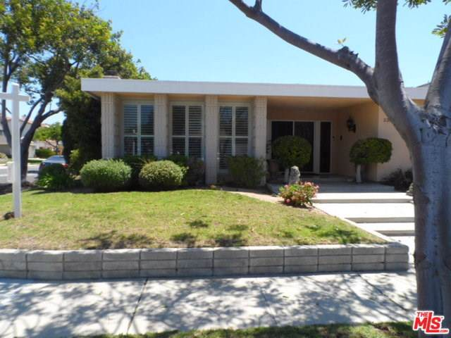 23204 Elm Avenue, Torrance, CA 90505 (#19501592) :: Rogers Realty Group/Berkshire Hathaway HomeServices California Properties