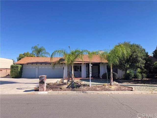 43114 San Marcos Place, Hemet, CA 92544 (#EV19200235) :: Allison James Estates and Homes