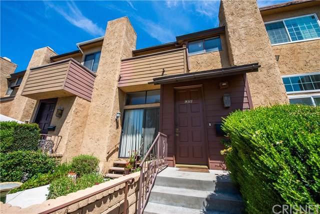 14317 Hartsook Street, Sherman Oaks, CA 91423 (#SR19200617) :: Veléz & Associates