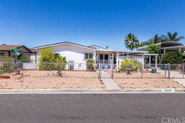 43660 Acacia Avenue, Hemet, CA 92544 (#SW19200686) :: Allison James Estates and Homes