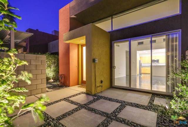 3626 Sunburst, Palm Springs, CA 92262 (#19501468PS) :: Ardent Real Estate Group, Inc.