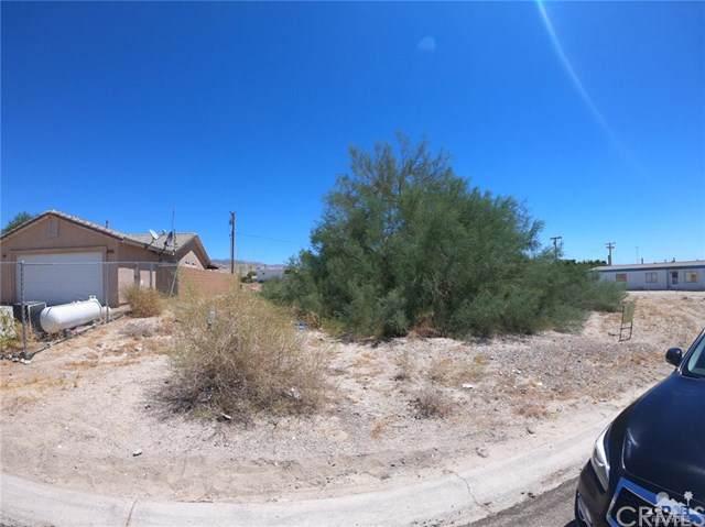 Costa Mesa, Mecca, CA 92254 (#219022361DA) :: J1 Realty Group