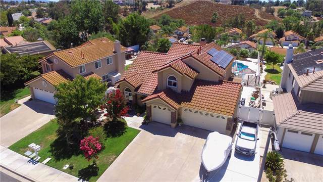 40489 Yardley Court, Temecula, CA 92591 (#SW19200591) :: Allison James Estates and Homes