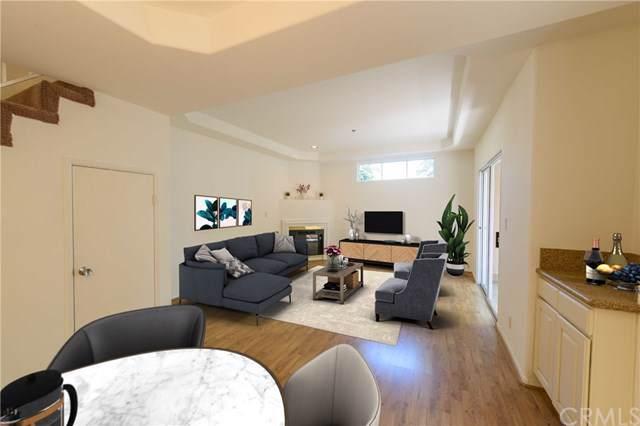 4310 Whitsett Avenue #6, Studio City, CA 91604 (#OC19198951) :: Rogers Realty Group/Berkshire Hathaway HomeServices California Properties