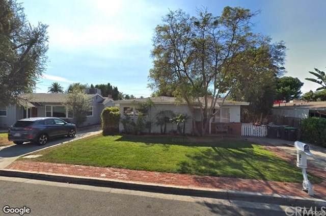381 Walnut Street, Costa Mesa, CA 92627 (#NP19200972) :: Millman Team