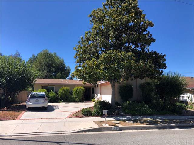 26124 Roymor Drive, Calabasas, CA 91302 (#SR19199189) :: The Laffins Real Estate Team