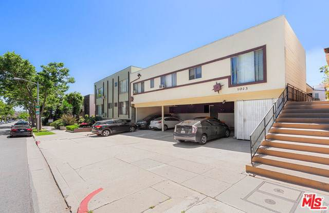 1023 N Hayworth Avenue, West Hollywood, CA 90046 (#19502722) :: Keller Williams Realty, LA Harbor