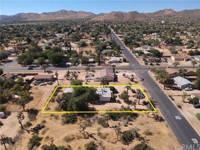 7475 Cherokee Trail, Yucca Valley, CA 92284 (#JT19201757) :: RE/MAX Empire Properties