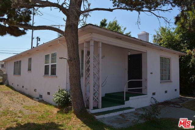 1924 20TH Street, Santa Monica, CA 90404 (#19502982) :: Team Tami