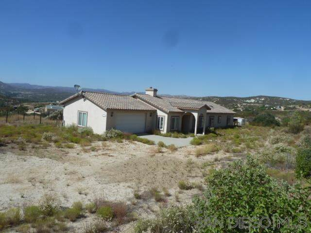 1155 Calle Loreto, Campo, CA 91906 (#190046922) :: Rogers Realty Group/Berkshire Hathaway HomeServices California Properties