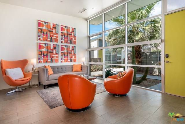 100 N Cerritos Drive #4, Palm Springs, CA 92262 (#19503092PS) :: The Laffins Real Estate Team