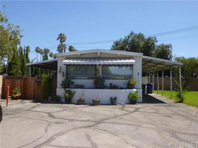 15300 Brand Boulevard, Mission Hills (San Fernando), CA 91345 (#SR19201929) :: Team Tami