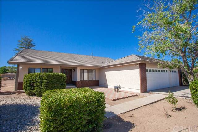 15381 Larch Street, Hesperia, CA 92345 (#SW19201965) :: The Brad Korb Real Estate Group