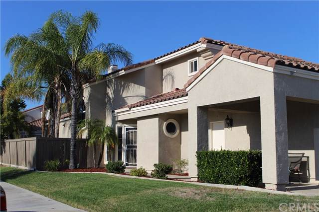 28630 Broadstone Way, Menifee, CA 92584 (#SW19201953) :: Allison James Estates and Homes