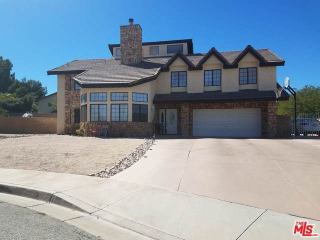 41519 Poplar Circle, Palmdale, CA 93551 (#19502176) :: McKee Real Estate Group Powered By Realty Masters & Associates