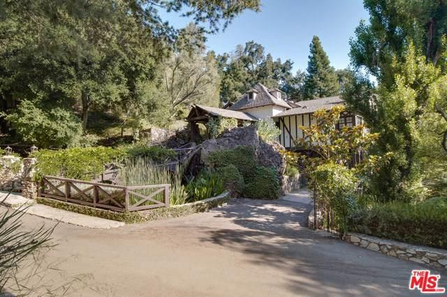 2021 E Lakeshore Drive, Agoura Hills, CA 91301 (#19494558) :: J1 Realty Group