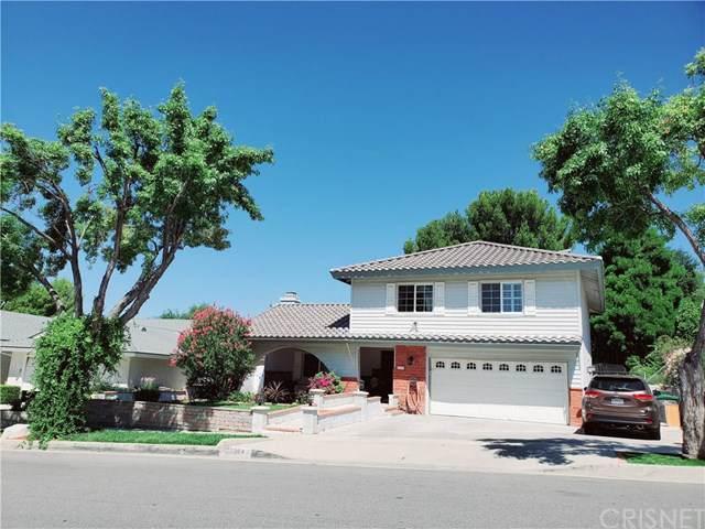 22304 Barbacoa Drive, Saugus, CA 91350 (#SR19200222) :: Rogers Realty Group/Berkshire Hathaway HomeServices California Properties