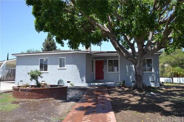 10946 Bartee Avenue, Mission Hills (San Fernando), CA 91345 (#SR19202287) :: Team Tami