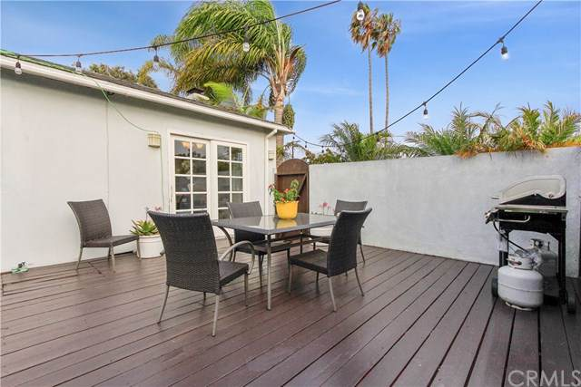 1651 23rd Street, Manhattan Beach, CA 90266 (#SB19202334) :: Fred Sed Group