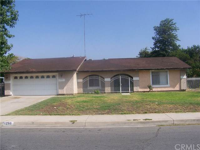 1260 W Grove Street, Rialto, CA 92376 (#WS19202416) :: Cal American Realty