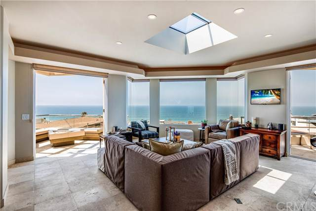 228 33rd Street, Manhattan Beach, CA 90266 (#SB19198538) :: The Costantino Group | Cal American Homes and Realty