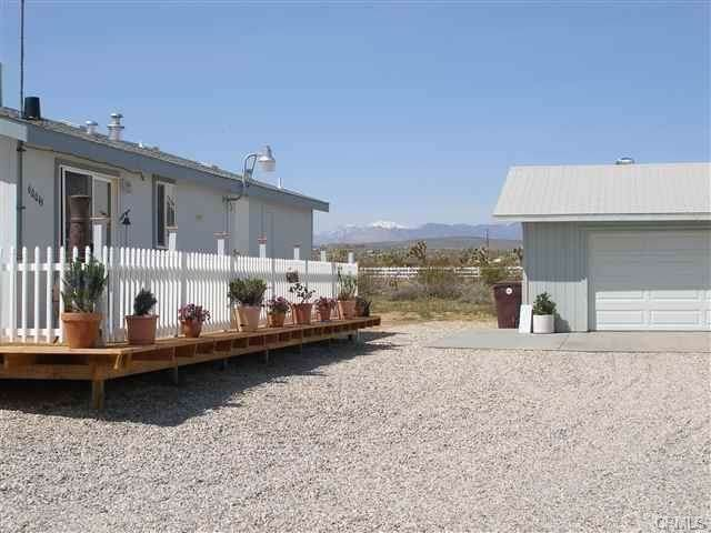 60045 Aberdeen, Yucca Valley, CA 92252 (#JT19202588) :: RE/MAX Empire Properties