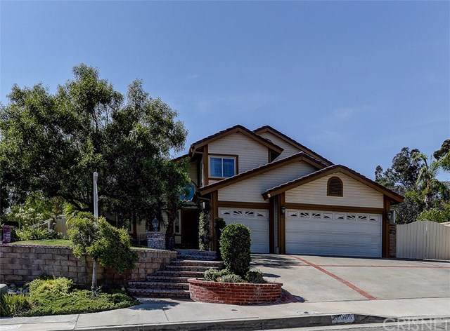 28055 Croco Place, Canyon Country, CA 91387 (#SR19202309) :: Heller The Home Seller