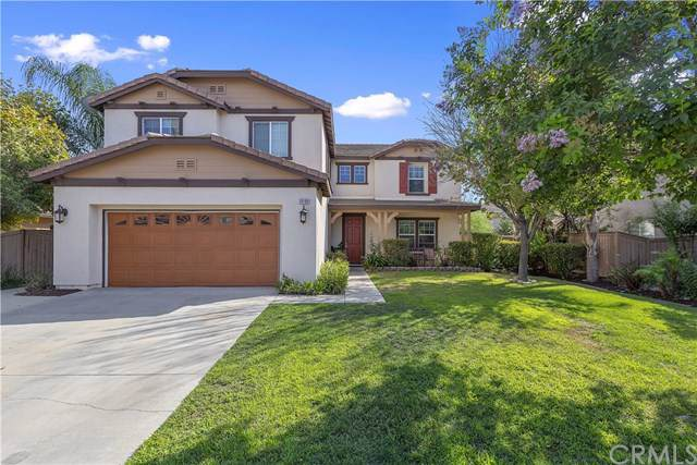 10199 Whitecrown Circle, Corona, CA 92883 (#IG19199509) :: Faye Bashar & Associates