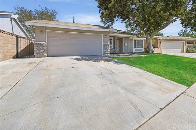 44210 8th Street E, Lancaster, CA 93535 (#SR19202964) :: The Laffins Real Estate Team