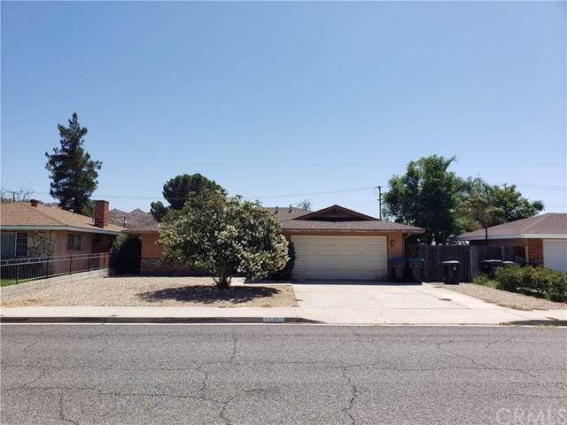 595 Monterey Place, Hemet, CA 92543 (#IG19202968) :: Rogers Realty Group/Berkshire Hathaway HomeServices California Properties