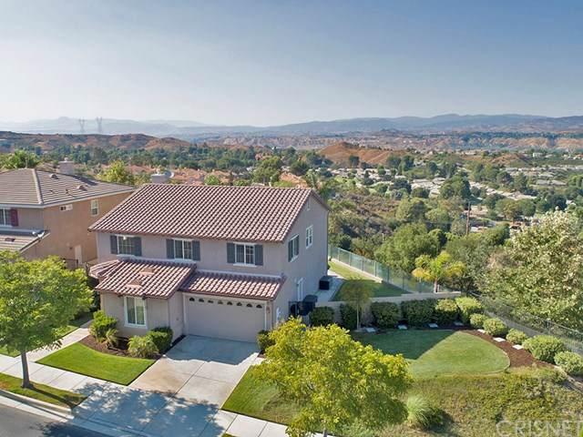 19529 Ellis Henry Court, Newhall, CA 91321 (#SR19202970) :: Heller The Home Seller
