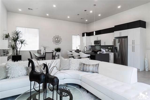 52075 Avenida Navarro, La Quinta, CA 92253 (#219022697DA) :: Provident Real Estate