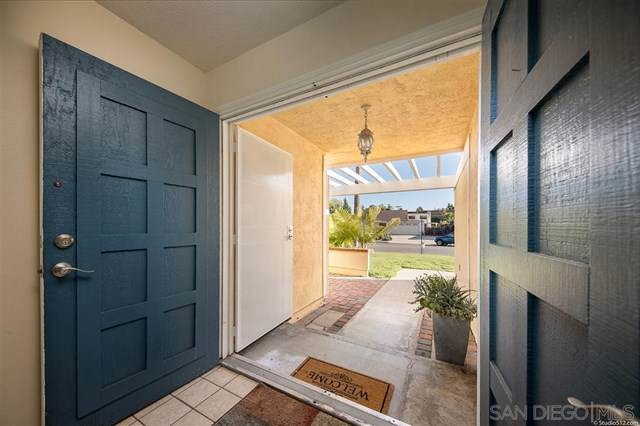 1616 Palomar Dr, San Marcos, CA 92069 (#190047386) :: The Laffins Real Estate Team