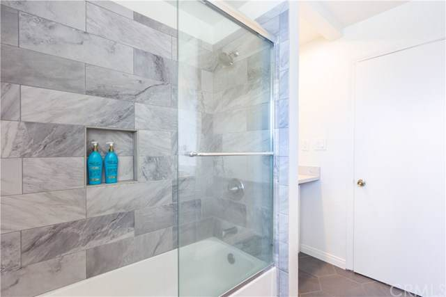 671 Capital Street, Costa Mesa, CA 92627 (#OC19203430) :: Provident Real Estate