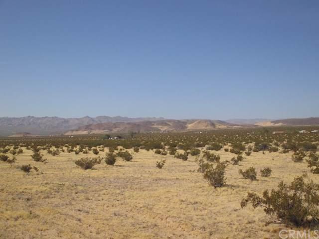 0 Old Chisholm Trail, 29 Palms, CA 92277 (#JT19203153) :: Pam Spadafore & Associates
