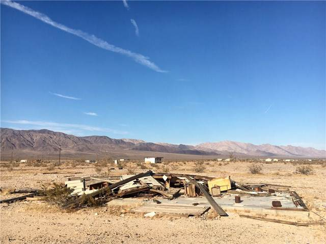 0 Shelton Road, 29 Palms, CA  (#JT19203550) :: The Marelly Group | Compass
