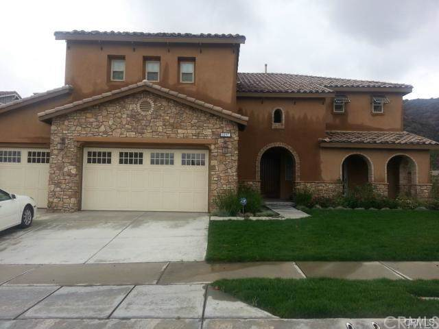 8197 Sanctuary Drive, Corona, CA 92883 (#IG19202600) :: Fred Sed Group
