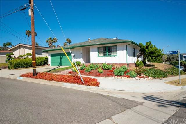 3810 S Anchovy Avenue, San Pedro, CA 90732 (#SB19205331) :: Rogers Realty Group/Berkshire Hathaway HomeServices California Properties