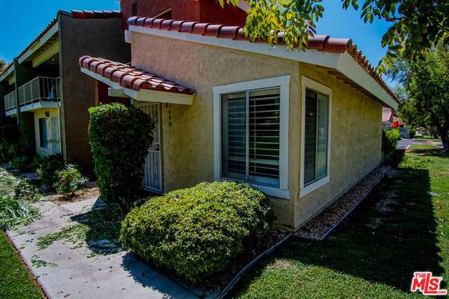 435 Tava Lane, Palm Desert, CA 92211 (#19504528) :: J1 Realty Group