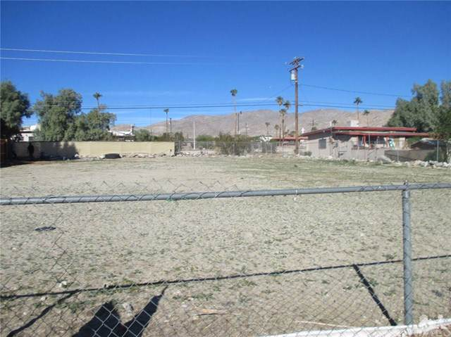 Acoma Avenue, Desert Hot Springs, CA 92240 (#219023055DA) :: Sperry Residential Group